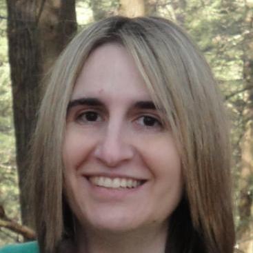 Headshot photo of Lynne Rinehimer, Esq.