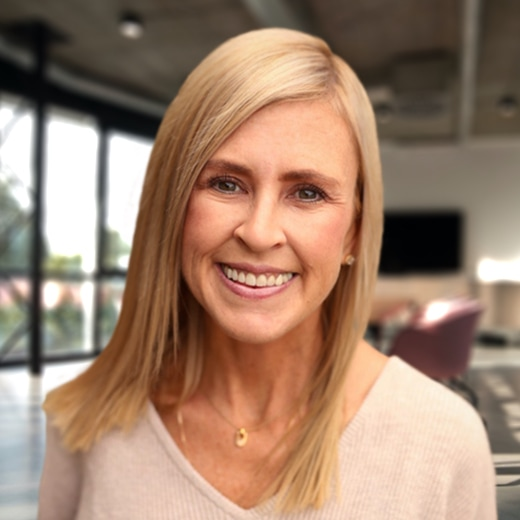 Headshot of Julie Walker, symplr Chief Strategy Officer (CSO)